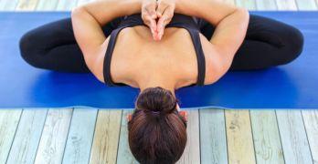 hot-yoga-flexbility