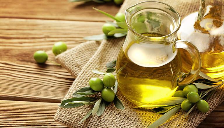 olive-oil-for-hair