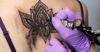 Health risks of tattoos