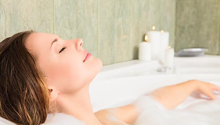An apple cider vinegar bath can help with vagina odor