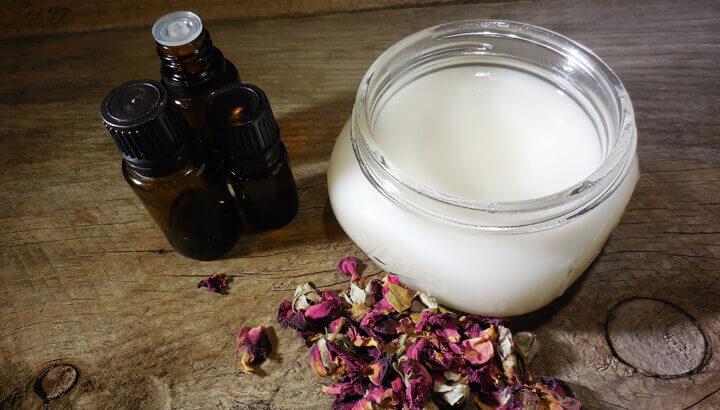 Coconut oil challenge recipe for homemade deodorant — photo by Leilani Hampton