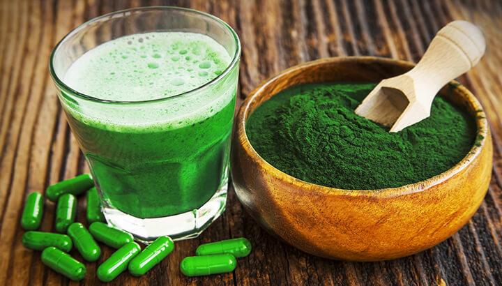 Spirulina comes in powder or tablet form.