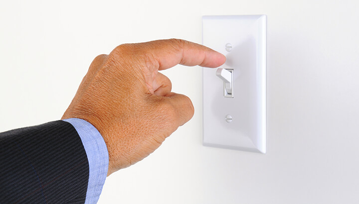 While lucid dreaming, try turning off a light switch to see what happens.