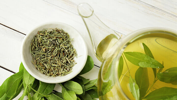 Consuming green tea can promote weight loss.