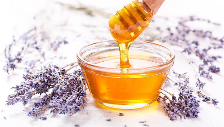 A honey face mask can help improve skin conditions.